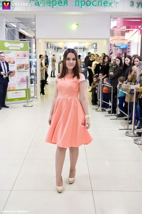 Вы просматриваете изображения у материала: В Уфе в 11-й раз прошел форум моды Status Fashion Day!