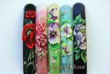 Курсы росписи ногтей от преподавателя международного класса Юлии Максимовой в Уфе!
